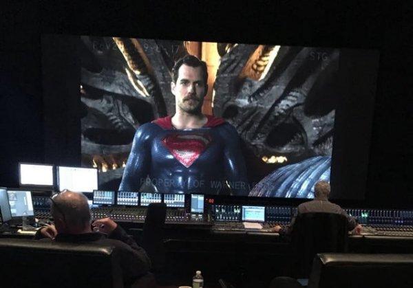 Супермен с усами