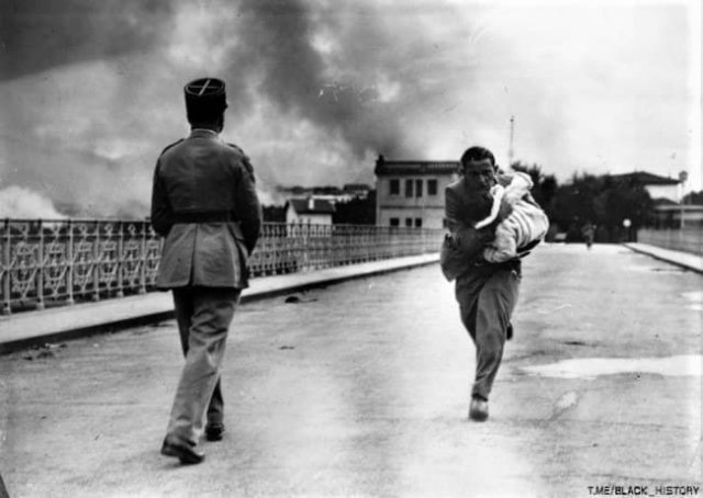 Журналист спасает жизнь ребенку во время Гражданской войны, 1936.