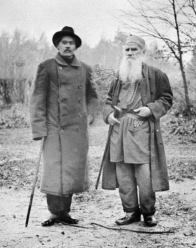 Максим Горький и Лев Толстой. Ясная поляна, 1900 год