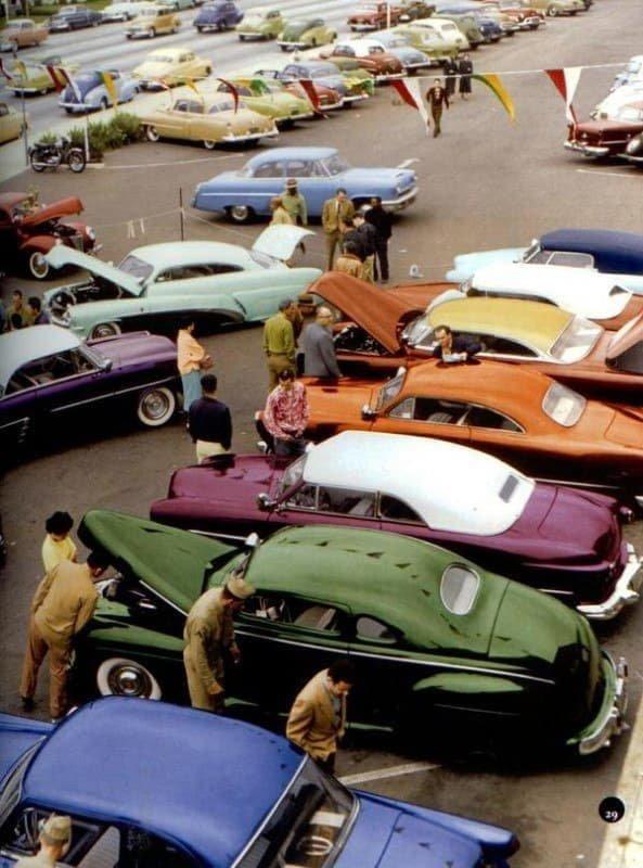 Продажа автомобилей. США. 1950-е.