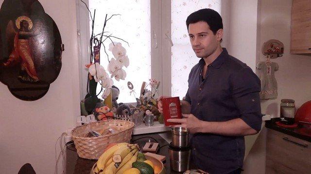 Антон Макарский в доме