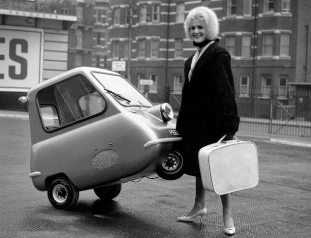 Одномeстный автомобиль PeelP 50, разгоняющийся до 64 км в час. Великобритания. 1962 г.