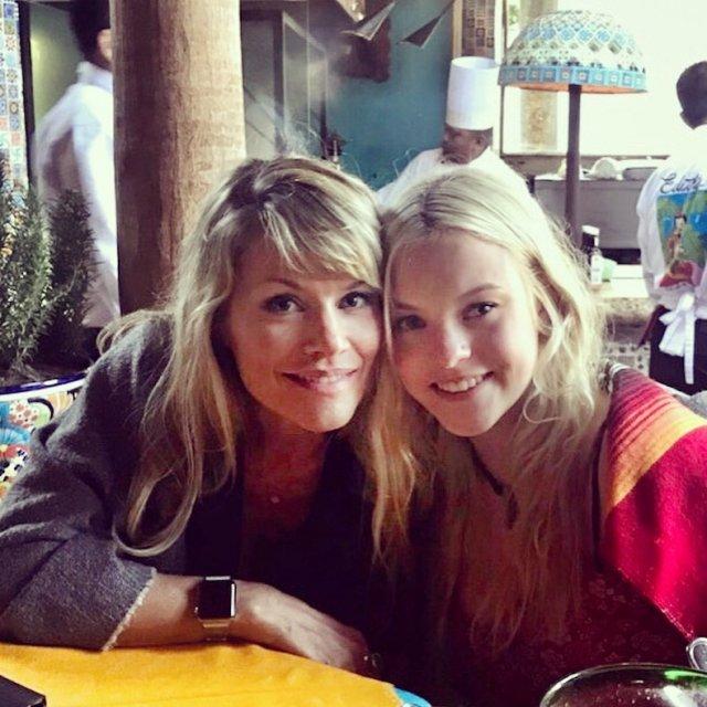Керри Хоскинс с дочкой