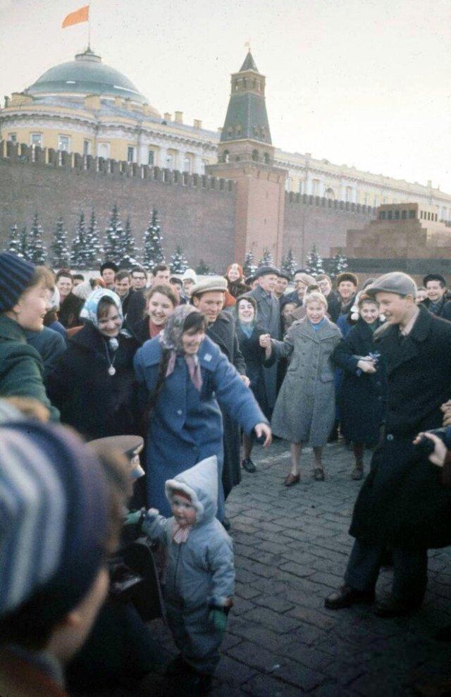 Встреча первого космонавта Гагарина на Красной площади. 1961 год.