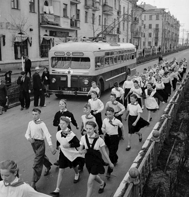 Первомай в Ленинграде, 60-е
