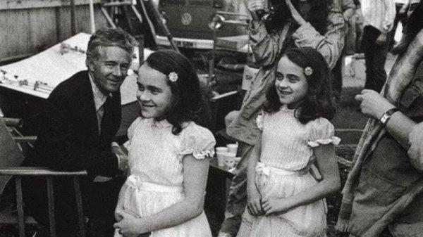 """Уже совсем нестрашные близняшки из """"Сияния"""", 1980 год"""