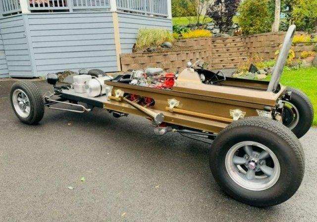 Гроб на колесиках: мужчина с Аляски построил необычное транспортное средство