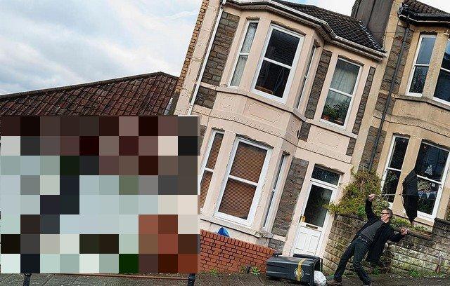 """Новая работа Бэнкси """"повалила"""" дома в Бристоле"""