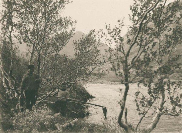 Ловля форели в долине Циннгуа. 1889 г.