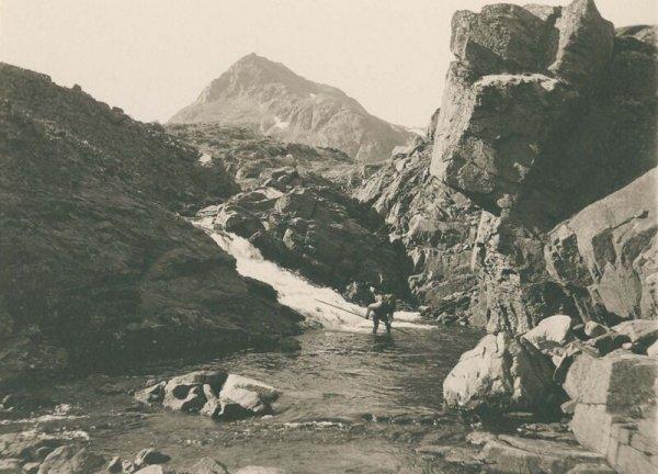 Ловля форели в Аммассалике на юго-востоке Гренландии. Июль 1889 г.