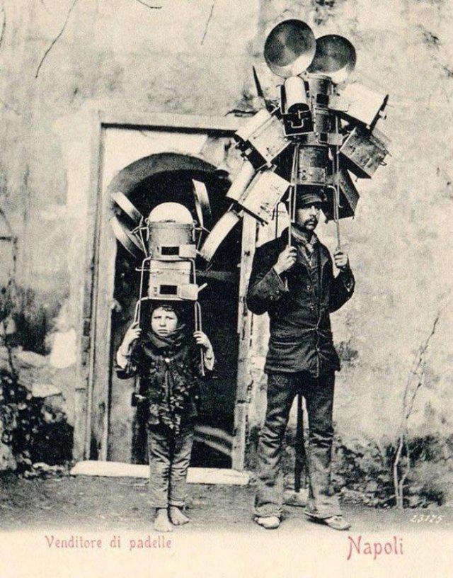 Уличные торговцы посудой, 1903 год, Неаполь