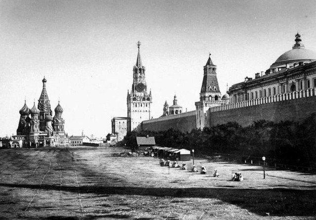 Первая фотография Красной Площади. Москва 1856