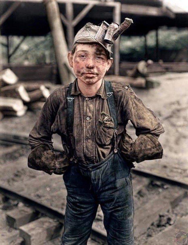 11-летний шахтер после рабочего дня. 1908 год