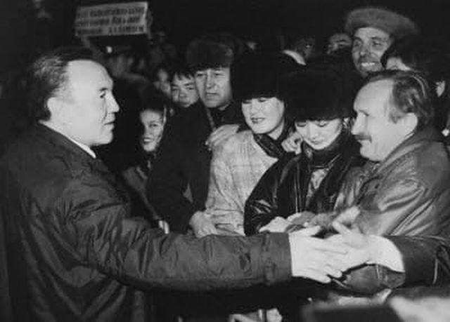 16 декабря 1991 года последняя республика СССР — Казахстан — провозгласила свою независимость