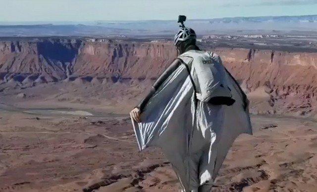 Решились бы на такой прыжок?