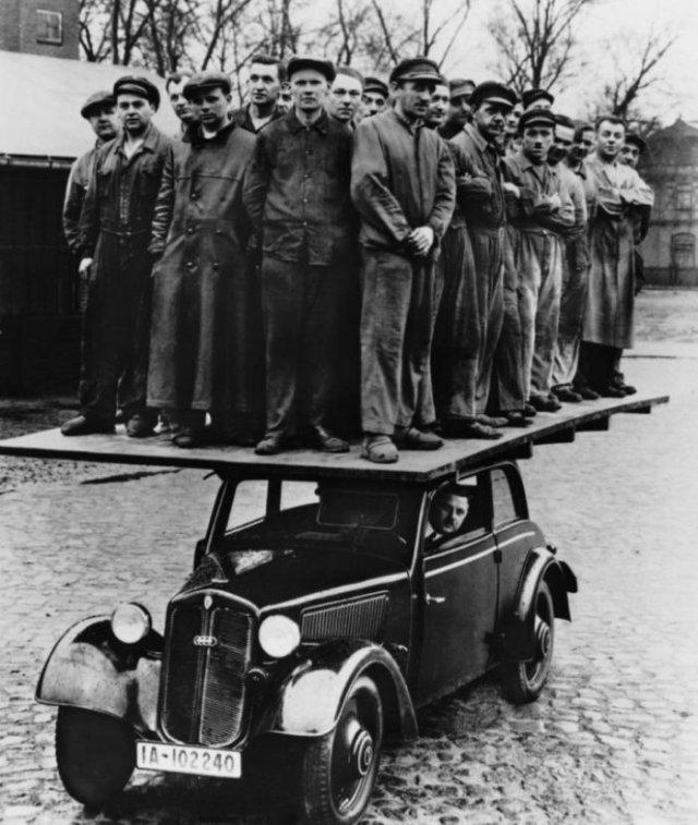 Проверка на прочность деревянного кузова автомобиля DKW F8, 1939 год, Германская Империя