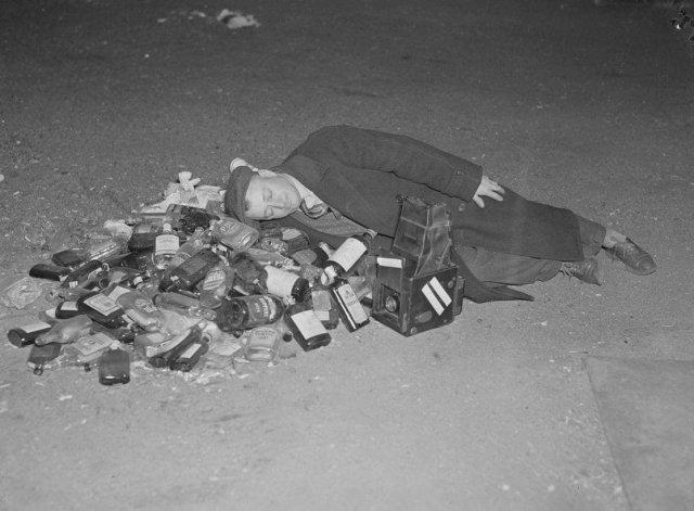 Празднование окончания сухого закона, США, 1933 год.