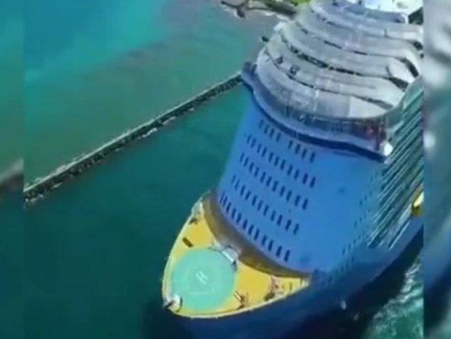 Как выглядит огромный круизный лайнер сверху
