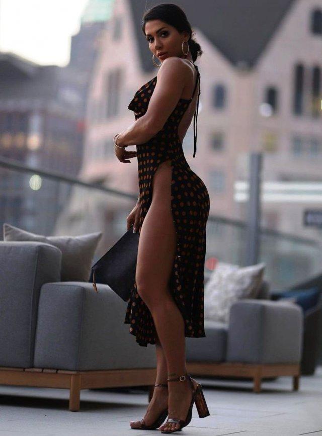Платья с высокими разрезами. Часть 10