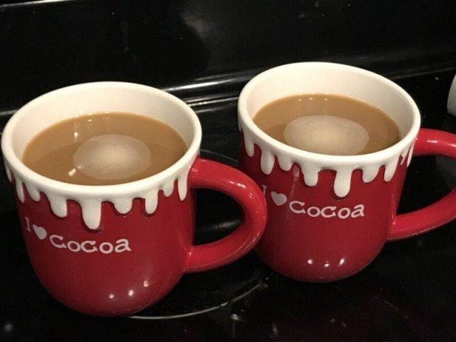 Кофе в кружках для какао