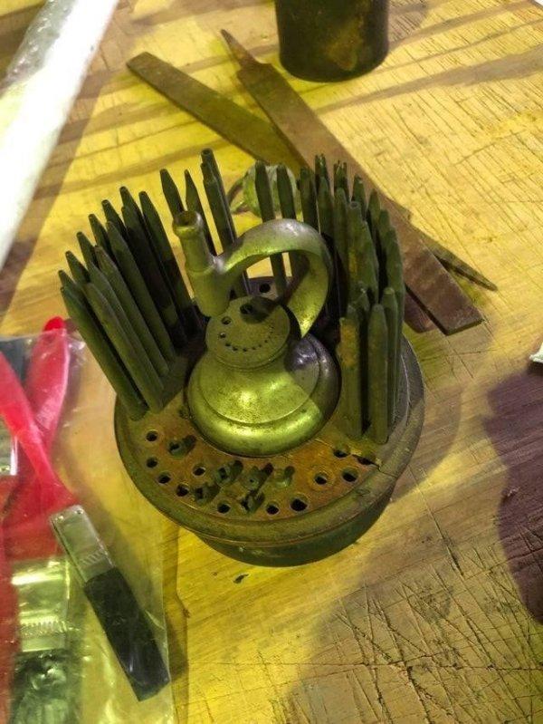 подобными установками ранее пользовались мастера по ремонту часов