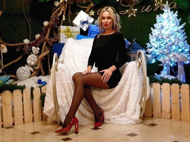 Россиянки на новогодних корпоративах