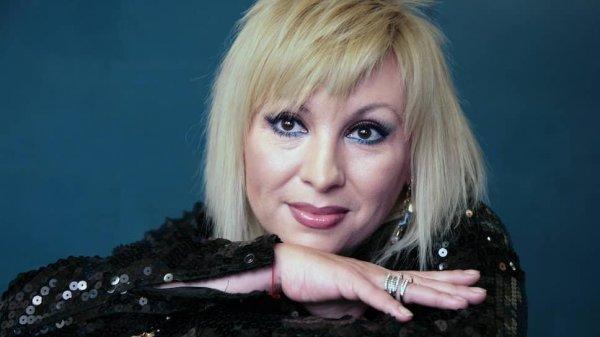 Российская певица Валентина Легкоступова, 54 года