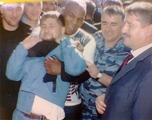 Майк Тайсон взял на удушающий Рамзана Кадырова, 2005г.