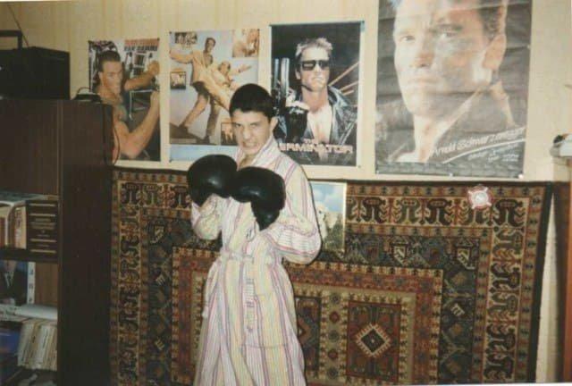Стена подростка 90-х