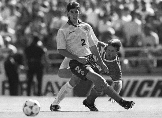 Защитник сборной Колумбии по футболу Андрес Эскобар на Чемпионате мира-1994 в матче против США забил автогол.