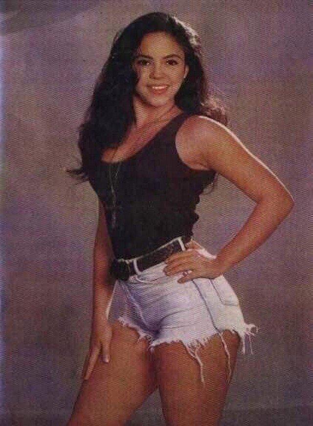 Шакира, 90-ые