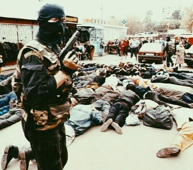 Россия, задержание на рынке, 1990-е.
