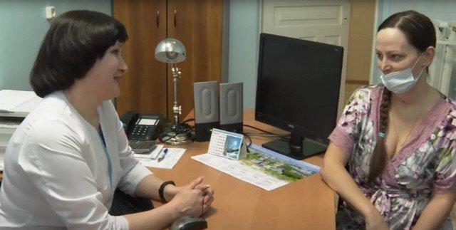 Врачи из Иркутска героически спасли беременную женщину со 100% поражением легких от коронавируса
