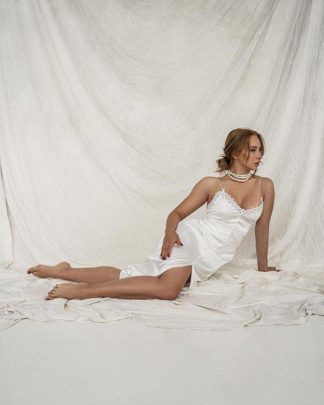 Мария Соколова: вице-чемпионка Европы и России по фитнес-бикини в белом платье