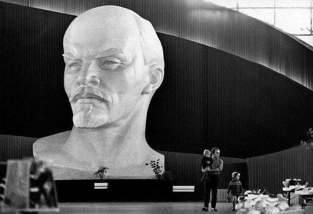 В минском музее, 1970-е.