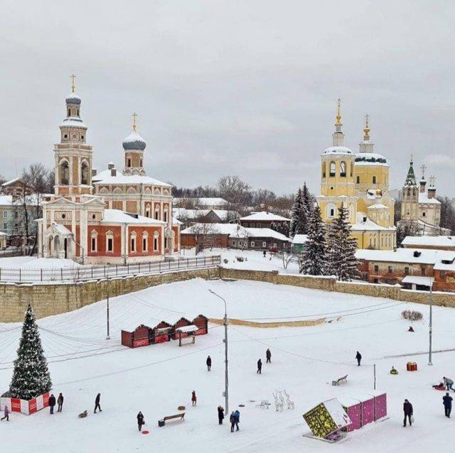 Сказочная центральная площадь в Серпухове