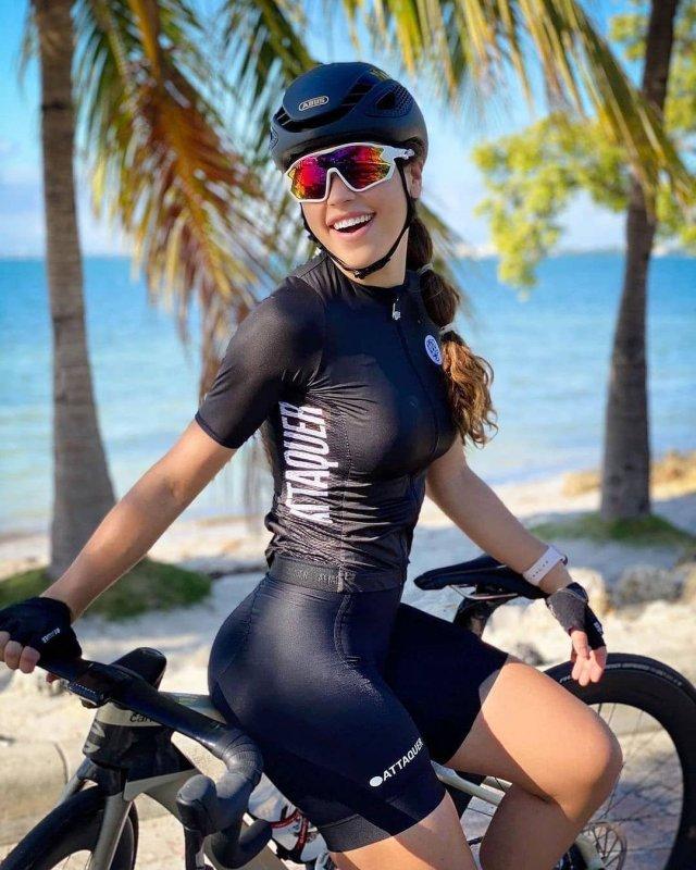 Вело-девушки