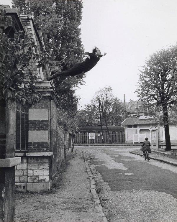 «Прыжок в пустоту», Ив Кляйн, 1960 год