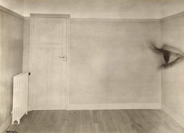 «Комната с глазом», Морис Табар, 1930 год