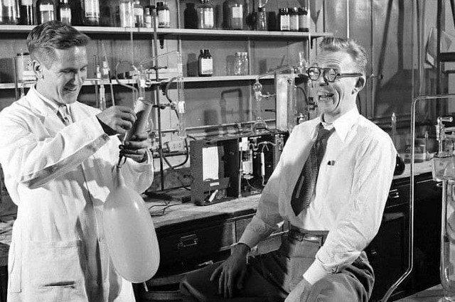 Исследование влияния алкоголя на человеческий организм, 1949 год.