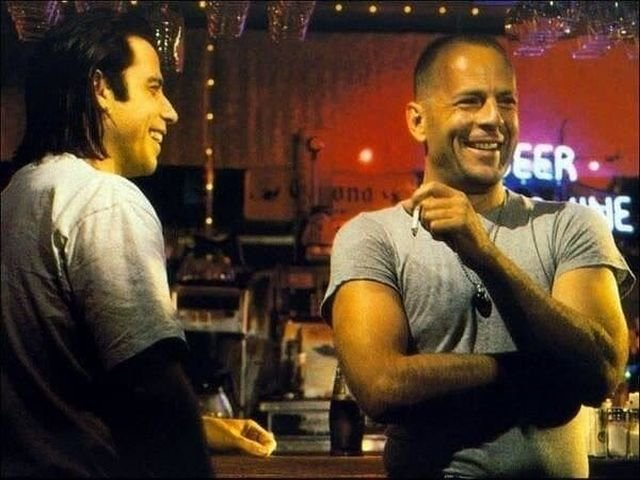 "Джон Траволта и Брюс Уиллис на съёмках ""Криминального чтива"". 1994 г. США."