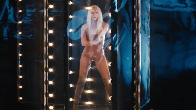 Шакира на съемках клипа