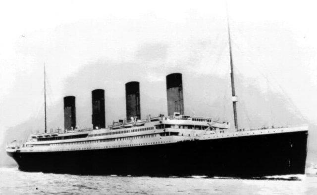 Caмый известный кадр кopaбля Титаника, cделанный в 1912 году