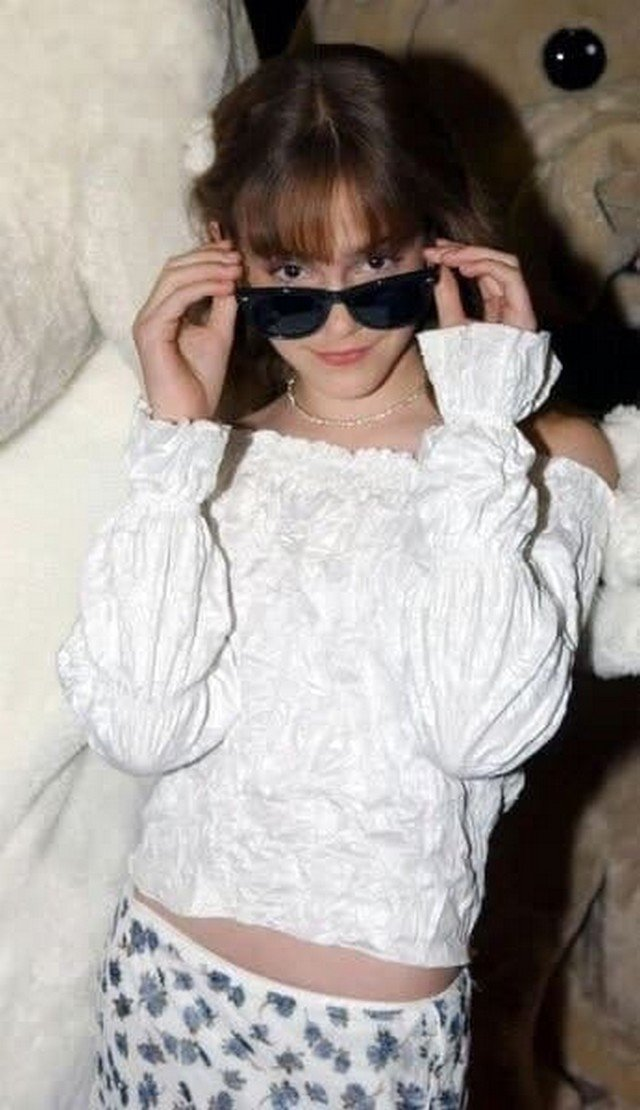 Звезда «Гарри Поттера» Эмма Уотсон, 2002 год.