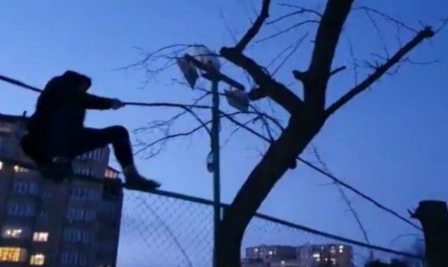 """""""Я убегал!"""": Подобие Человека-паука обнаружили во Владивостоке"""
