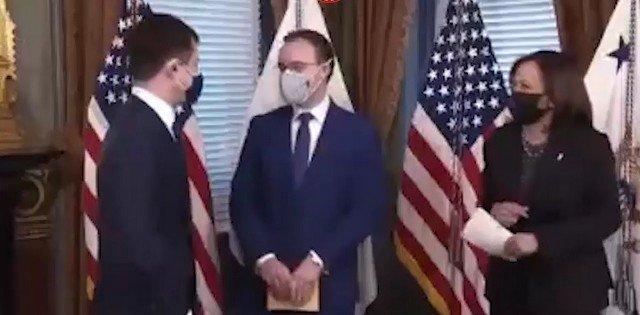 Открытый гей Пит Буттиджич впервые стал министром в США