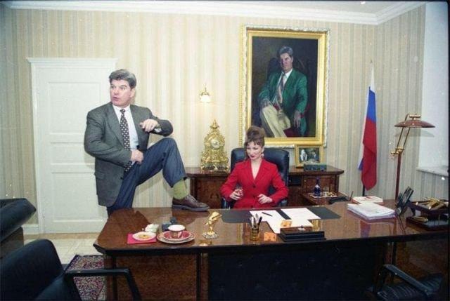 Кандидат в президенты России Владимир Брынцалов и его супруга Наталья Брынцалова. Выборы 1996 года.