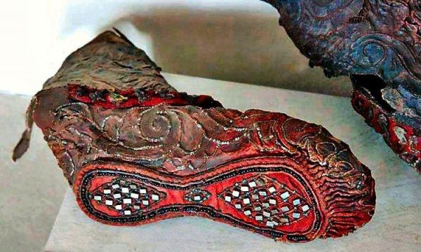 Подборка удивительных артефактов из древности