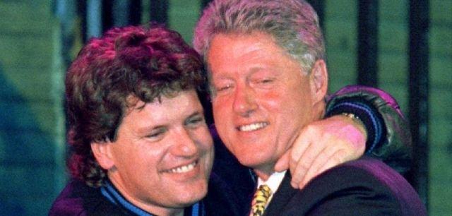 В 2001 году в последний день своего президентства Билл Клинтон снял судимость со своего брата
