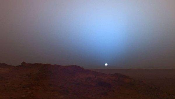 Закат. Марс, 15 апреля 2015 года.